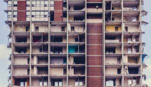 בניין לא בטיחותי