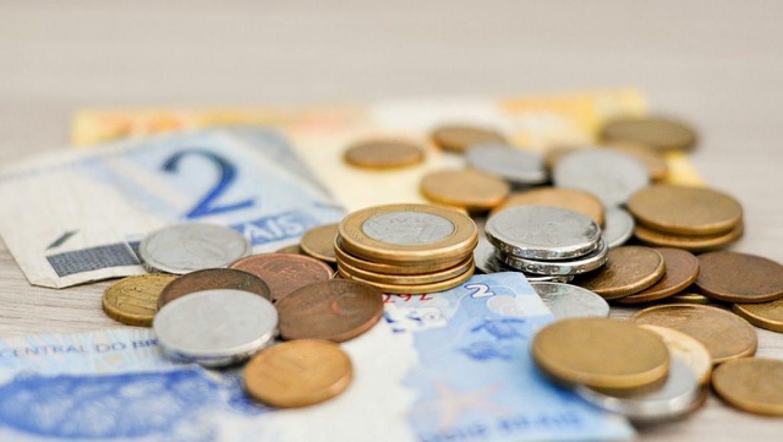 השכרת שירותיו של איש מקצוע לשם מחיקת חובות לבנק